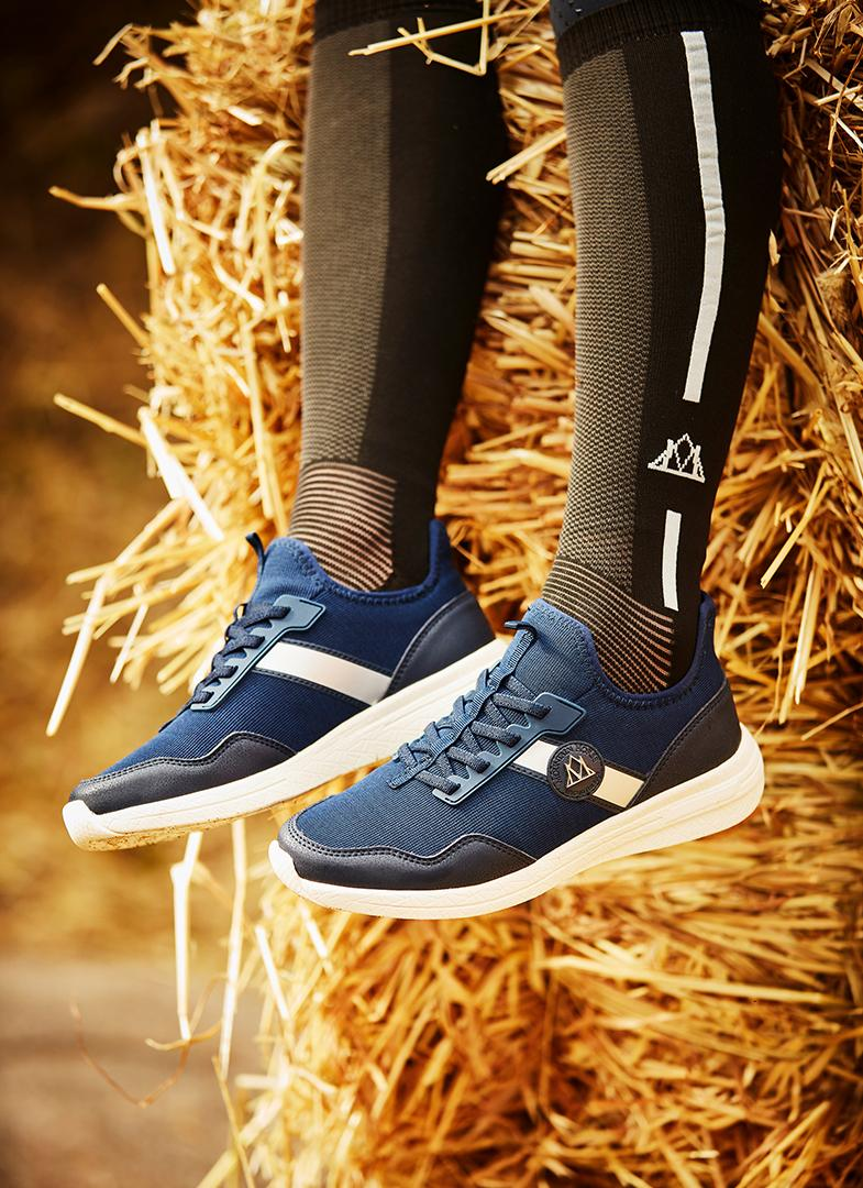 mountain horse breeze sneakers