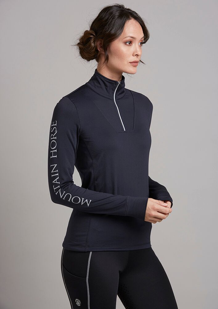 BASE LAYERS & T-SHIRTS
