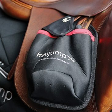freejump stirrup covers