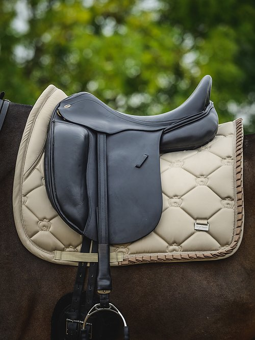 ps of sweden sand ruffle dressage pad